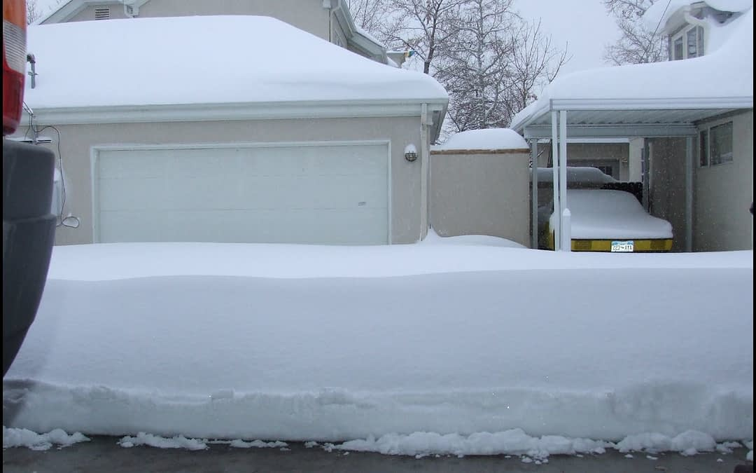 Four Easy Tips To Winterize Your Garage Door